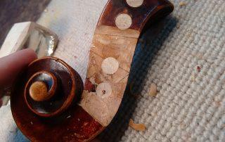 restauración instrumentos cuerda frotada